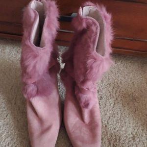 Nine West Faux Fur boots